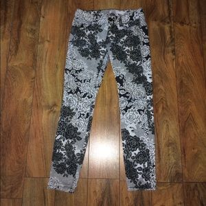 Candies black and white floral skinny jeans